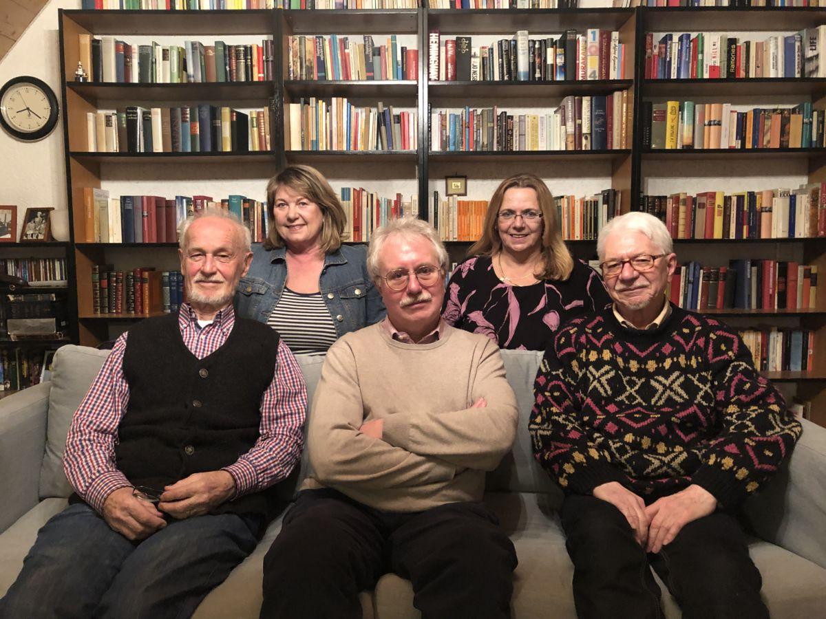 Hier sehen Sie die Mitglieder der Gruppe Dachau.